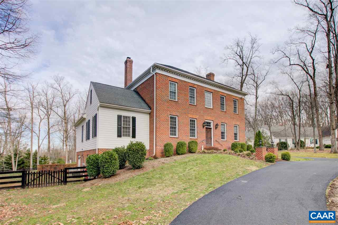 "Fabulous spacious brick colonial in popular Flordon. The Williamsburg design was patterned after the circa 1730-1750 ""Lightfoot House"". Outstanding features include 11' Ceilings on the main level, spacious formal dining room, beautiful study, bright & airy great room and recently renovated gourmet kitchen. The new Kitchen boasts custom cabinetry, Wolf gas range & double ovens, Subzero refrigerator, pantry and large center island. The 1st floor Master Bedroom Suite has 2 walk-in closets & a renovated Bath. Upstairs you'll find 3 additional large bedrooms, all with renovated baths, loft & bonus room. Terrace Level is perfect for recreation. Wait until you experience the amazing new covered patio with stone fireplace & ceiling fans!"