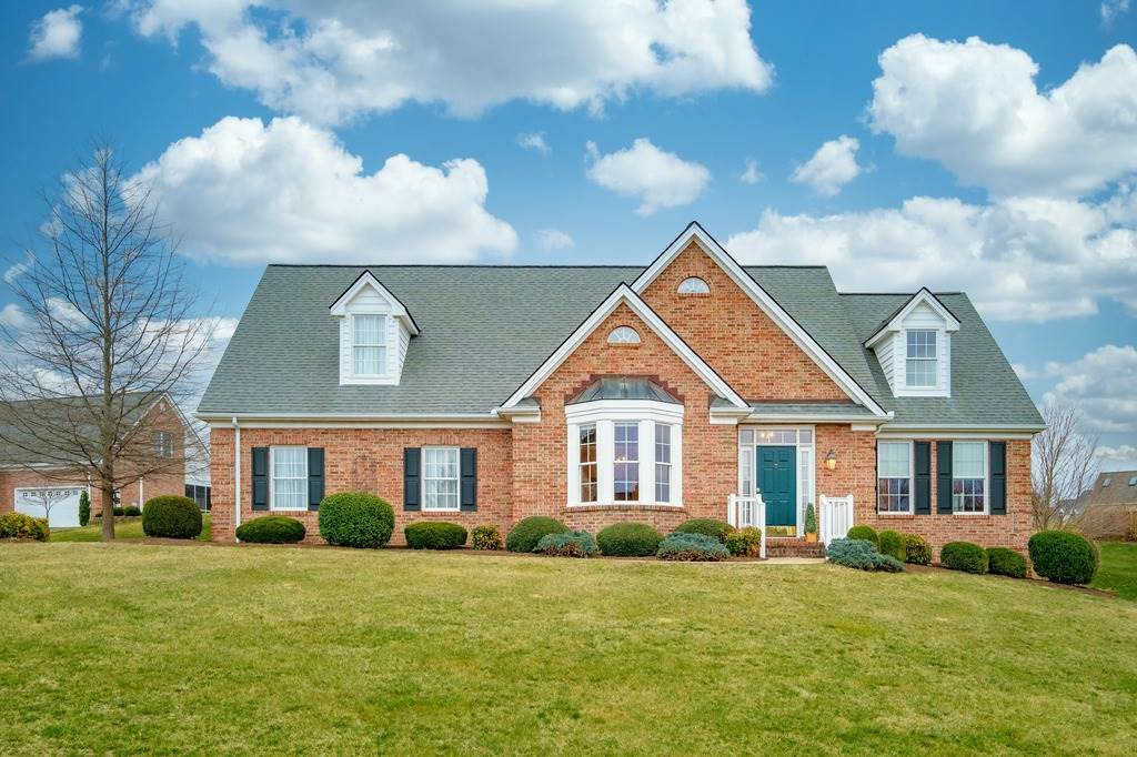 5 JEFFERSON CT, WAYNESBORO, VA 22980