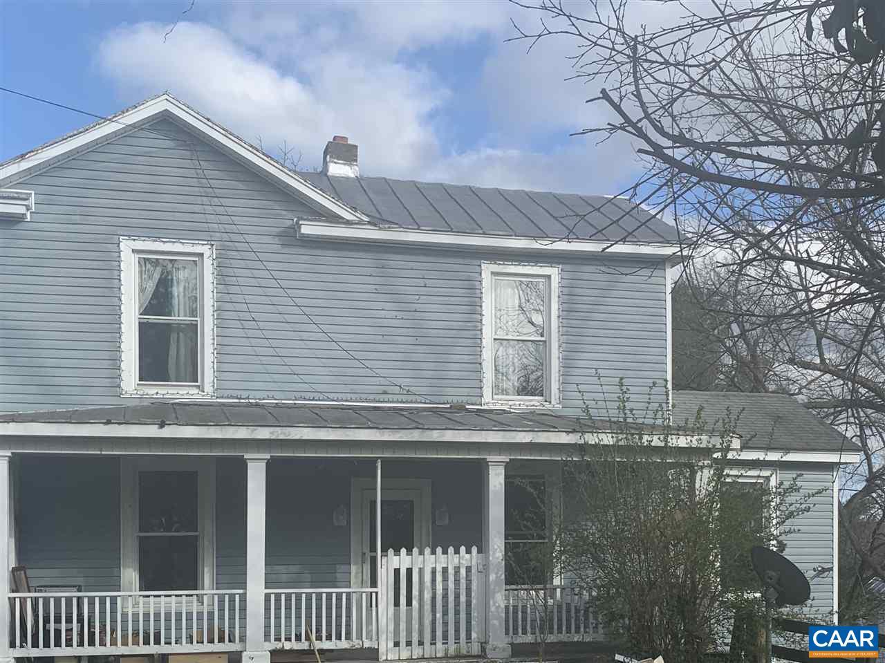 10915 JAMES RIVER RD, SHIPMAN, VA 22971
