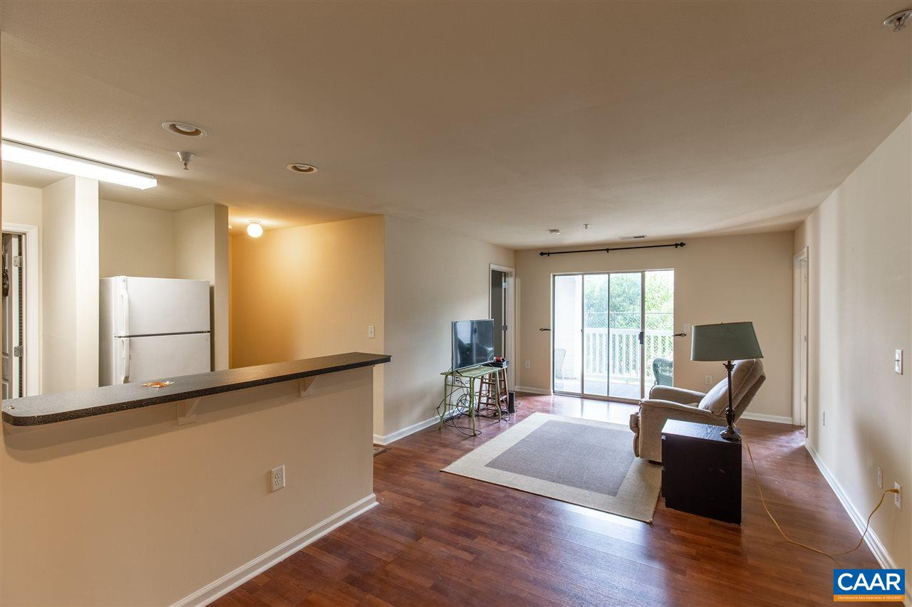 3 bed/3 bath condo now available at Eagles Landing. Freshly painted, laminate and carpet flooring. Nestled in Charlottesville, Va, Eagles Landing is a premier community, with a great mix of residents including students from nearby UVA and PVCC. This gated apartment community offers resort-style amenities and free shuttle transportation to local educational institutions.