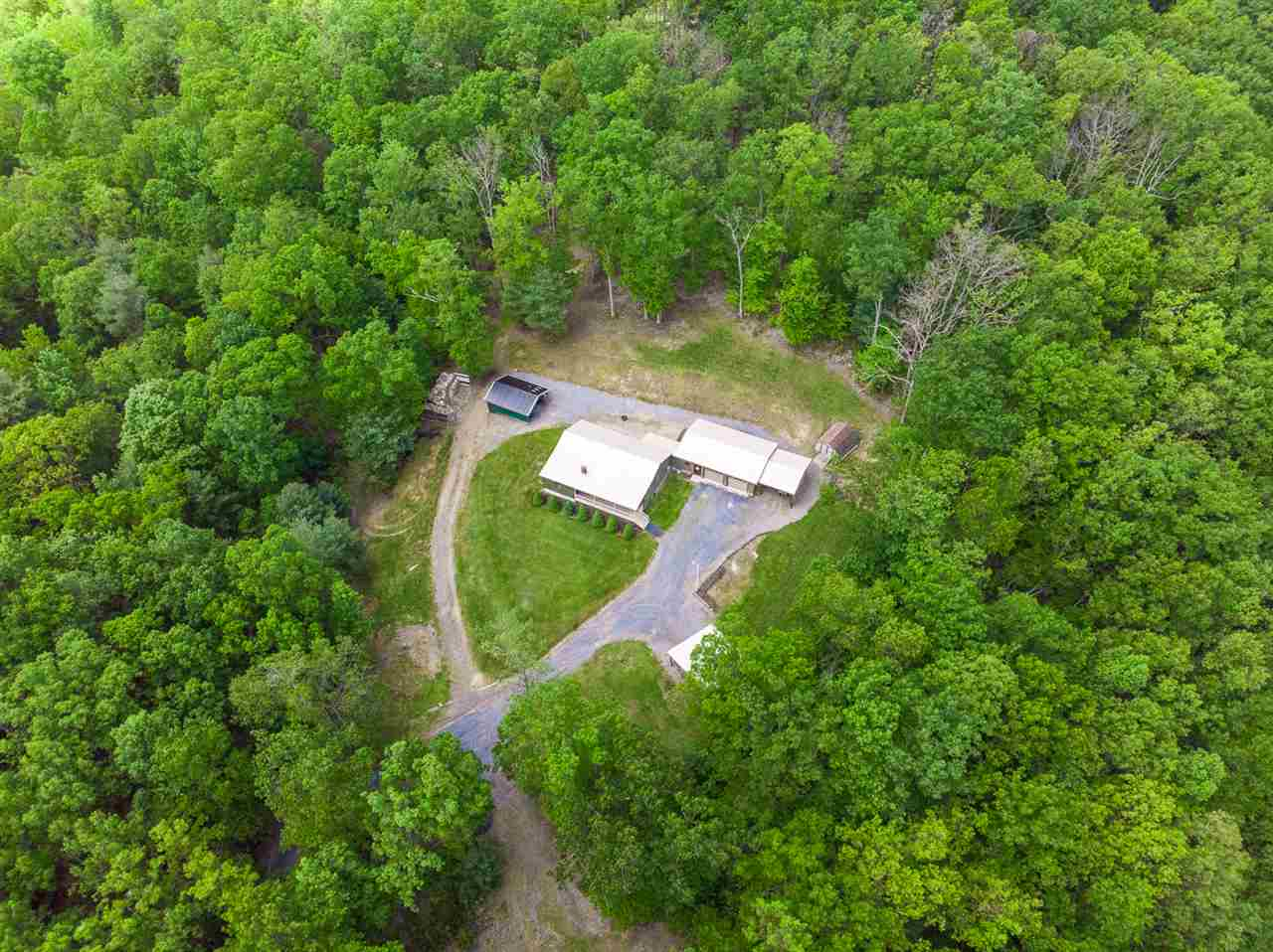 298 LOOKOUT MOUNTAIN LN, MOUNT SOLON, VA 22843