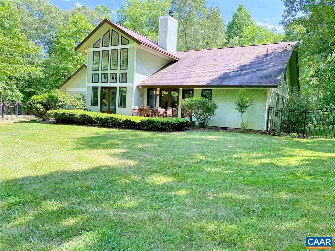 158 ROSECLIFF FARMS RD, AMHERST, VA 24521