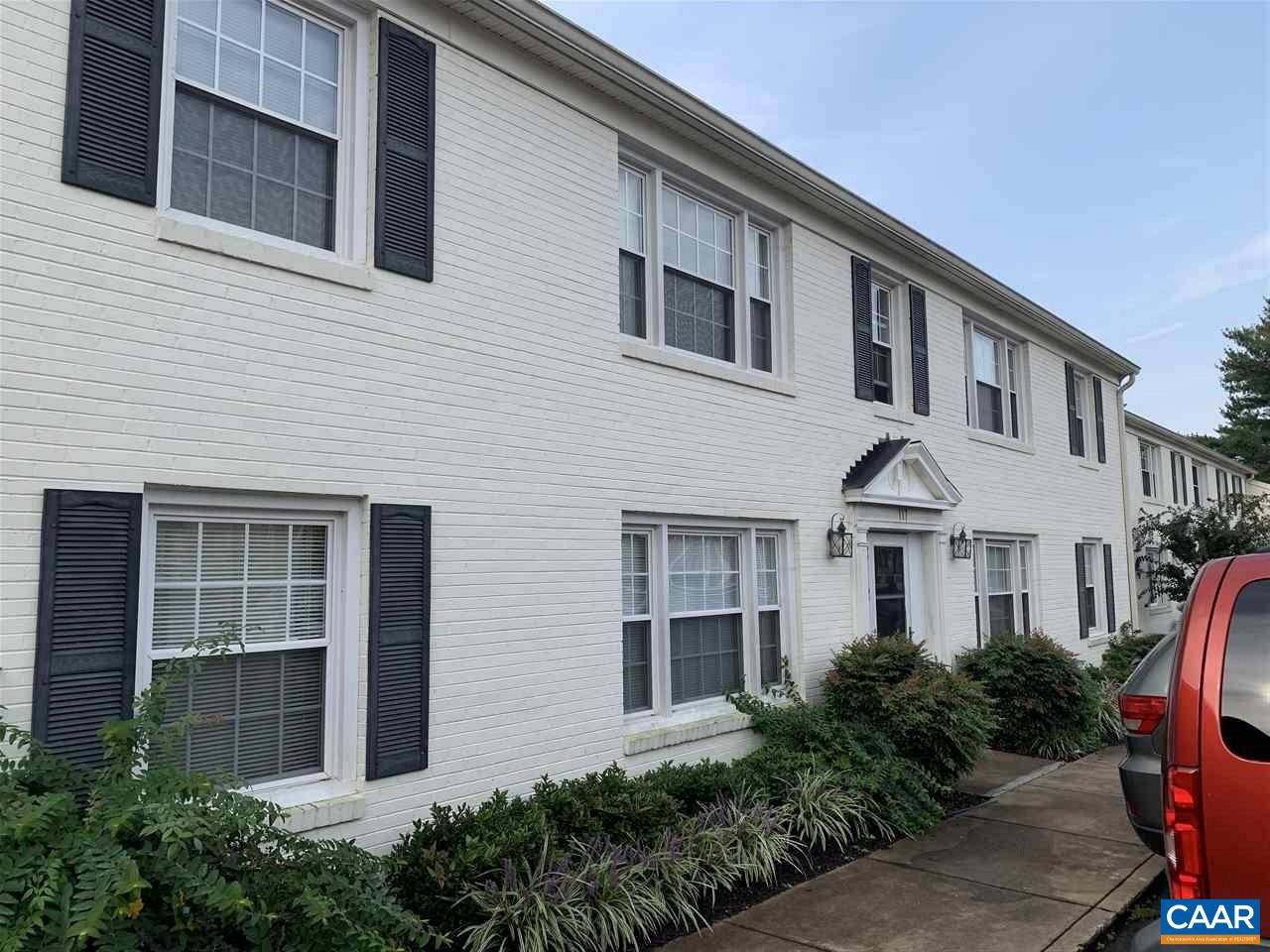 117 HESSIAN HILLS RDG, CHARLOTTESVILLE, VA 22901