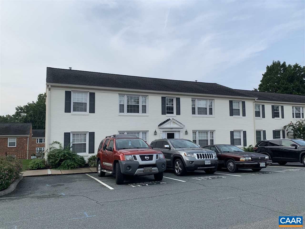 117 HESSIAN HILLS RDG 1, CHARLOTTESVILLE, VA 22901