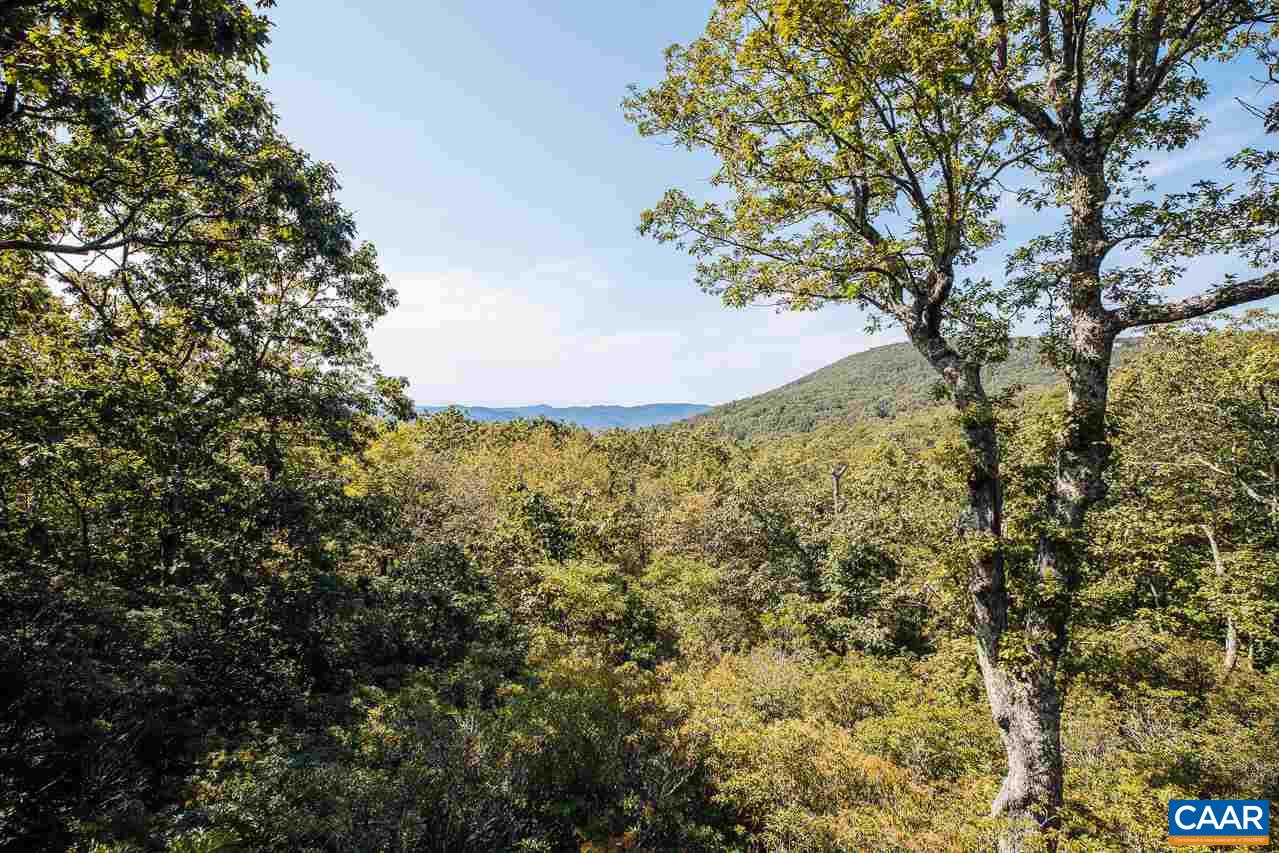 54 BLACK ROCK CIR, WINTERGREEN RESORT, VA 22967