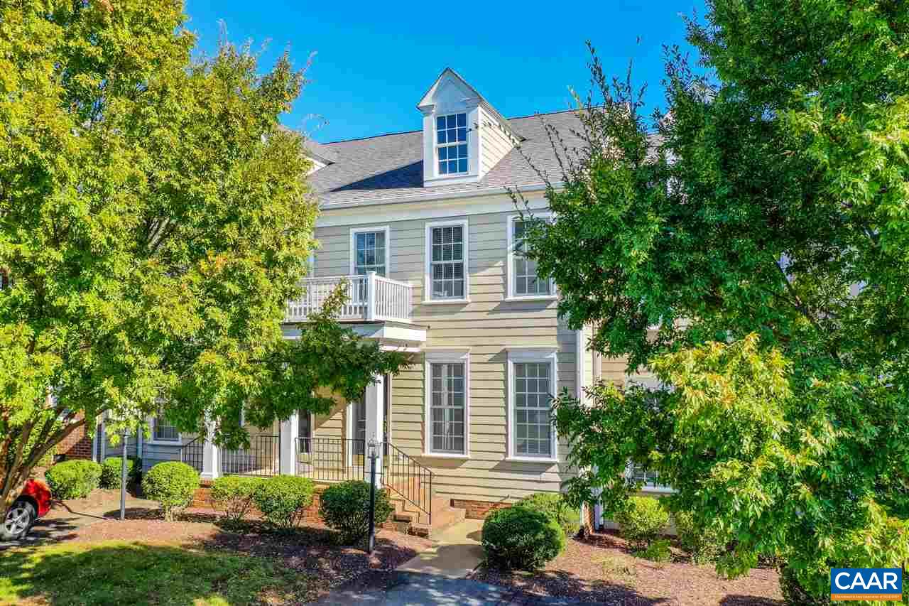 9039 WEST END CIR, CROZET, VA 22932