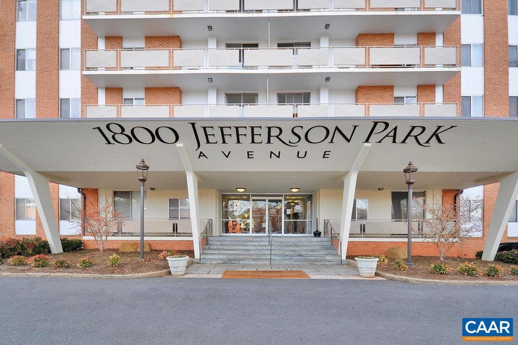 1800 JEFFERSON PARK AVE 303