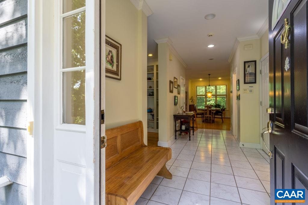 Welcome HOME To 6685 Highlander Way! Tiled Foyer