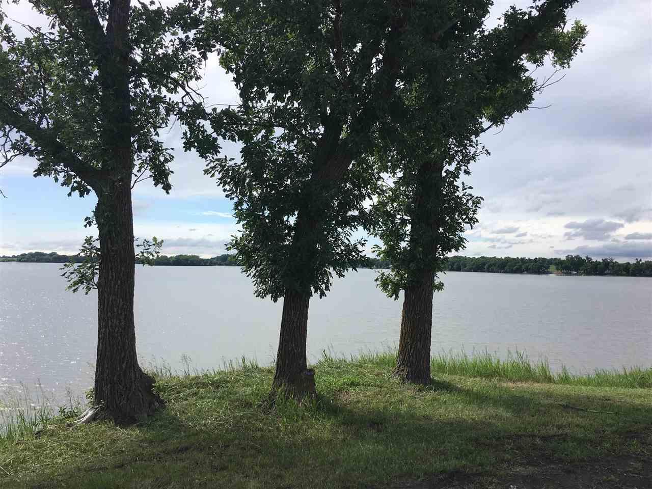 72567 Lake View Dr.    Loon Lake #7, Jackson, MN 56143