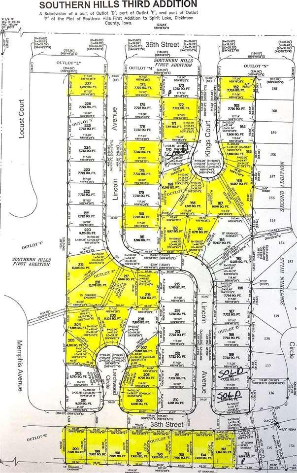 3702 Larchwood Circle #204, Spirit Lake, IA 51360