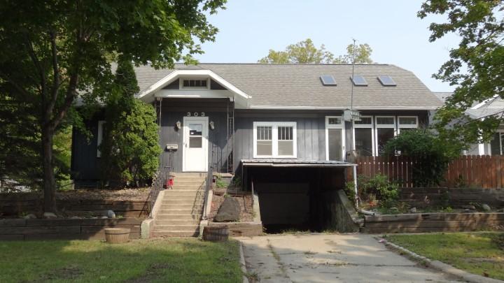 303 North Street, Algona, IA 50511