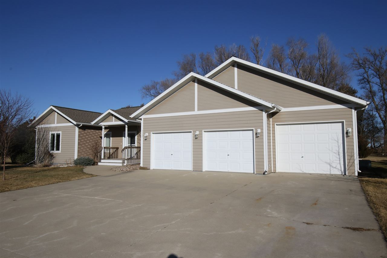 Residential for Sale at Kuchel