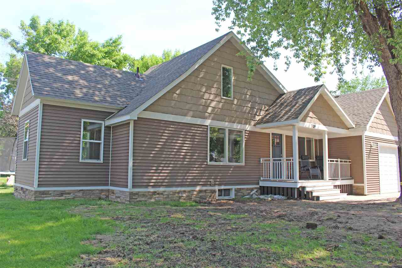 Residential for Sale at 8th