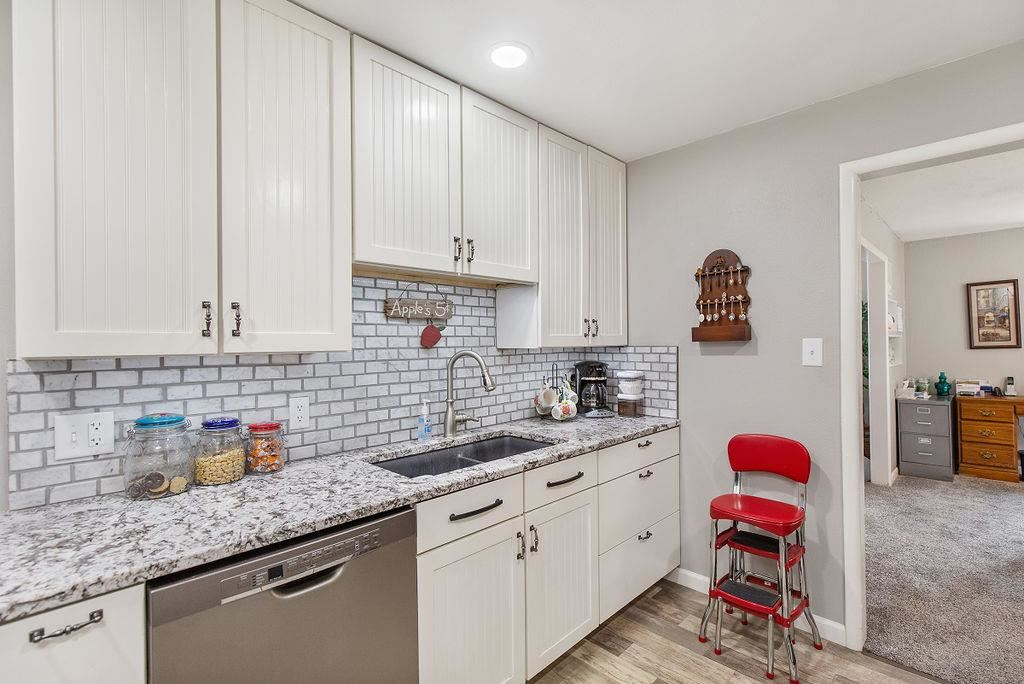 Homes For Sale at W 6th St N
