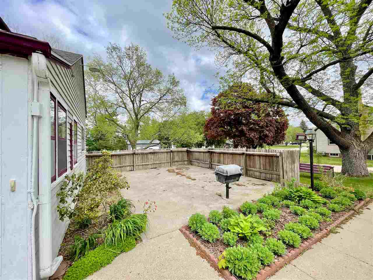 Homes For Sale at 6th