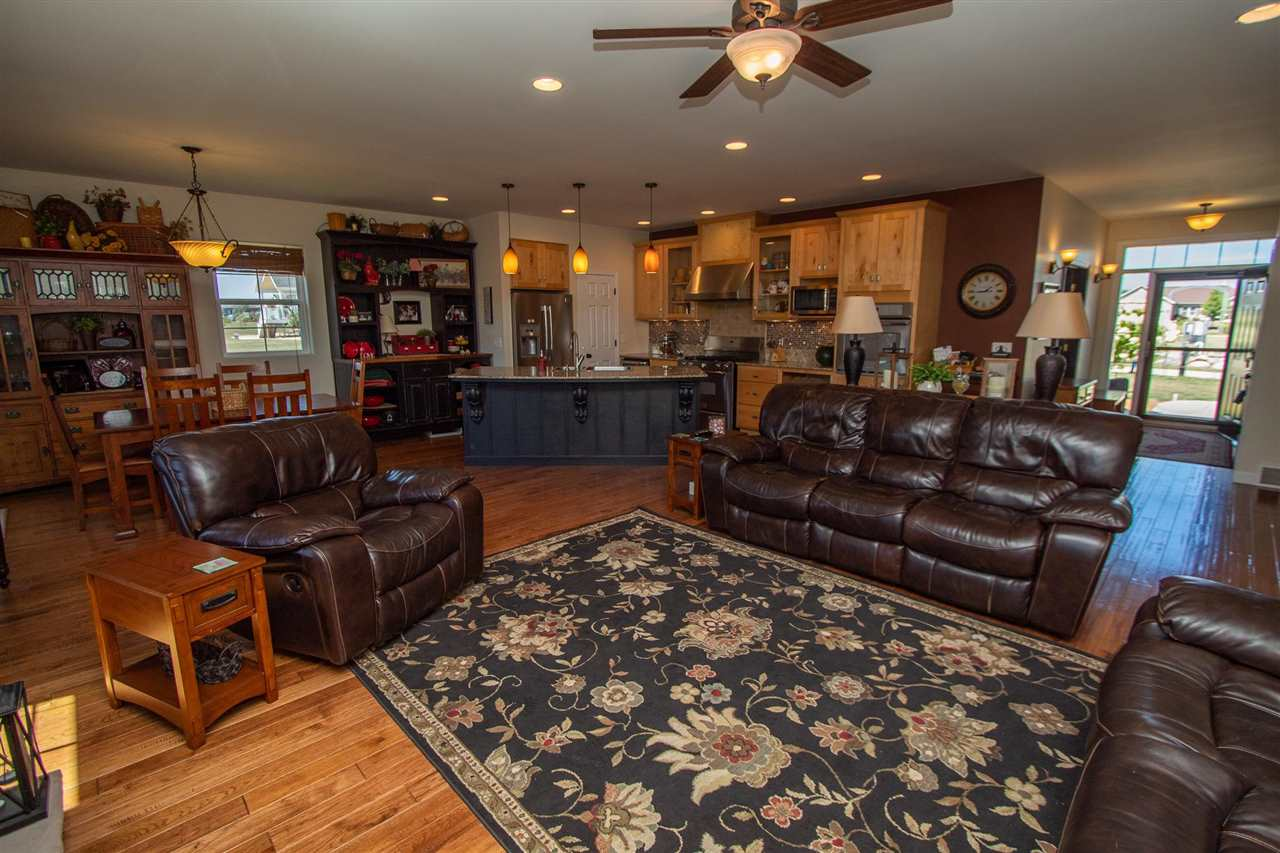 Homes For Sale at 39th