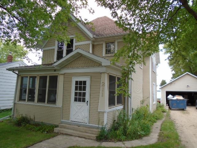 Residential for Sale at Maple