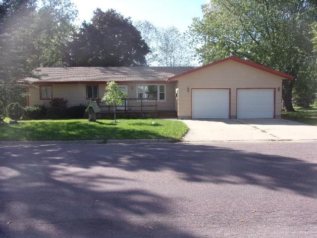 1109 S Ave., Milford, IA 51351