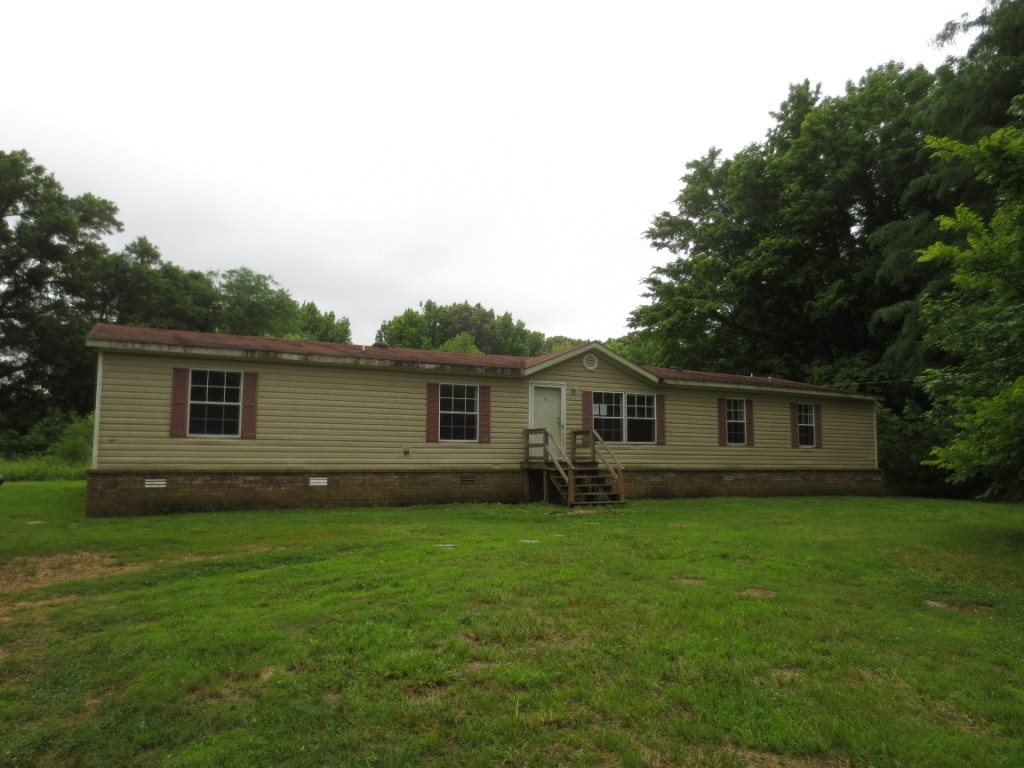 "Property is owned by the US Dept. of HUD. Case #482-419954. UI, Subject to Appraisal. HUD Homes are sold ""AS-IS."" Seller makes no representations or warranties as to property condition. EHO. Seller may contribute up to 3% for buyer's closing costs, upon buyer request. Lovely home with 3 spacious bedrooms & 2 baths. Near schools, shopping, & entertainment. Call us & come see it!!!"