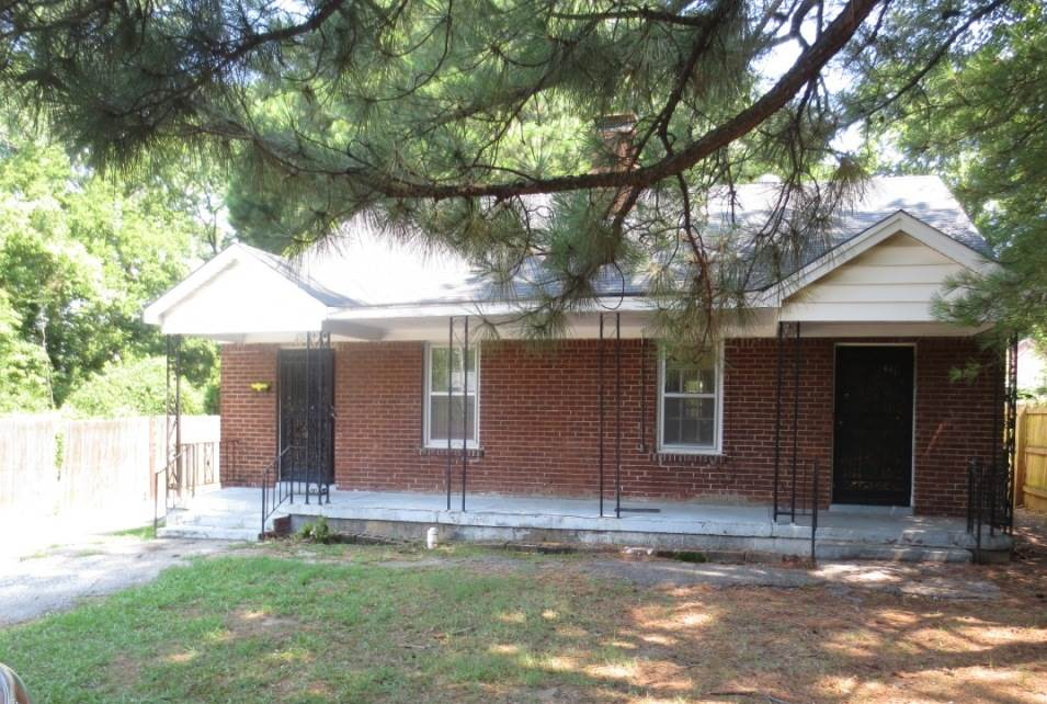 """Property is owned by the US Dept. of HUD. Case #482-394357. UI, Subject to Appraisal. HUD Homes are sold """"AS-IS."""" Seller makes no representations or warranties as to property condition. EHO. Seller may contribute up to 3% for buyer's closing costs, upon buyer request. Please note this property was built prior to 1978, so lead paint could potentially exist. See attachments. Lovely home with 4 spacious bedrooms & 2 baths. Near schools, shopping, & entertainment. Call us & come see it!!!"""