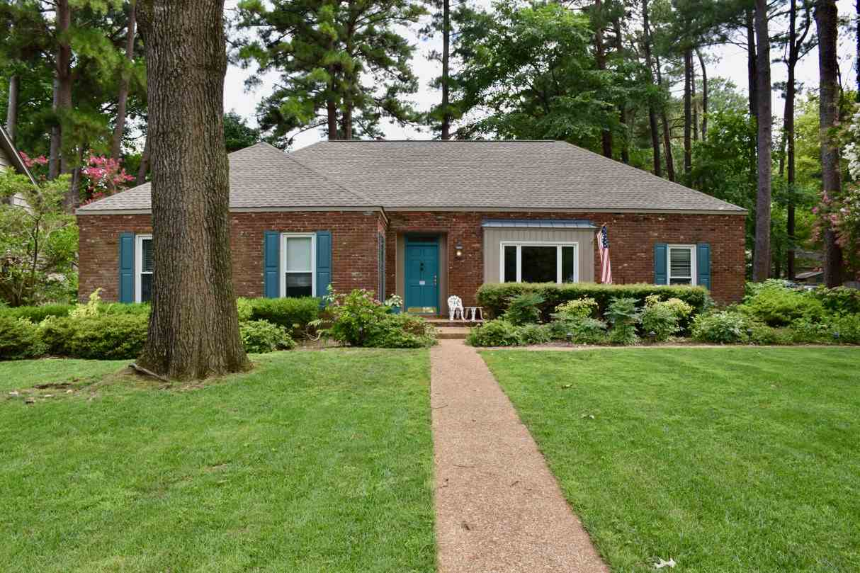 Property for sale at 8251 Pine Valley Ln, Germantown,  TN 38139