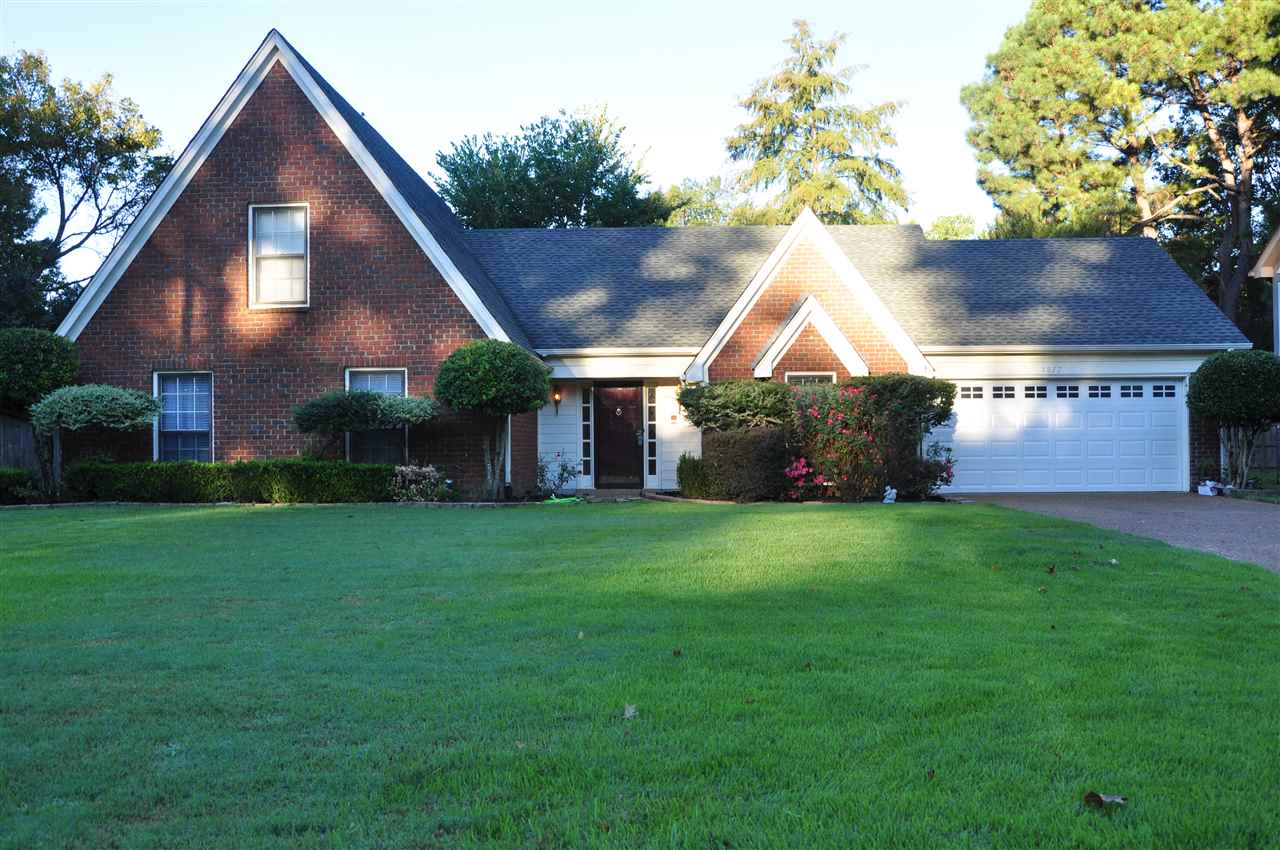 Property for sale at 1877 Newfields Rd, Germantown,  TN 38139