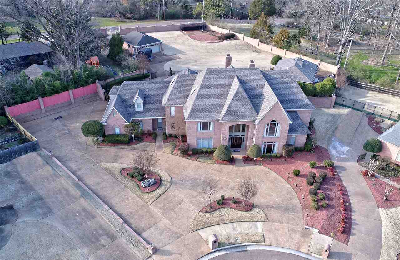 Property for sale at 8118 Meadow Glen Dr, Germantown,  TN 38138