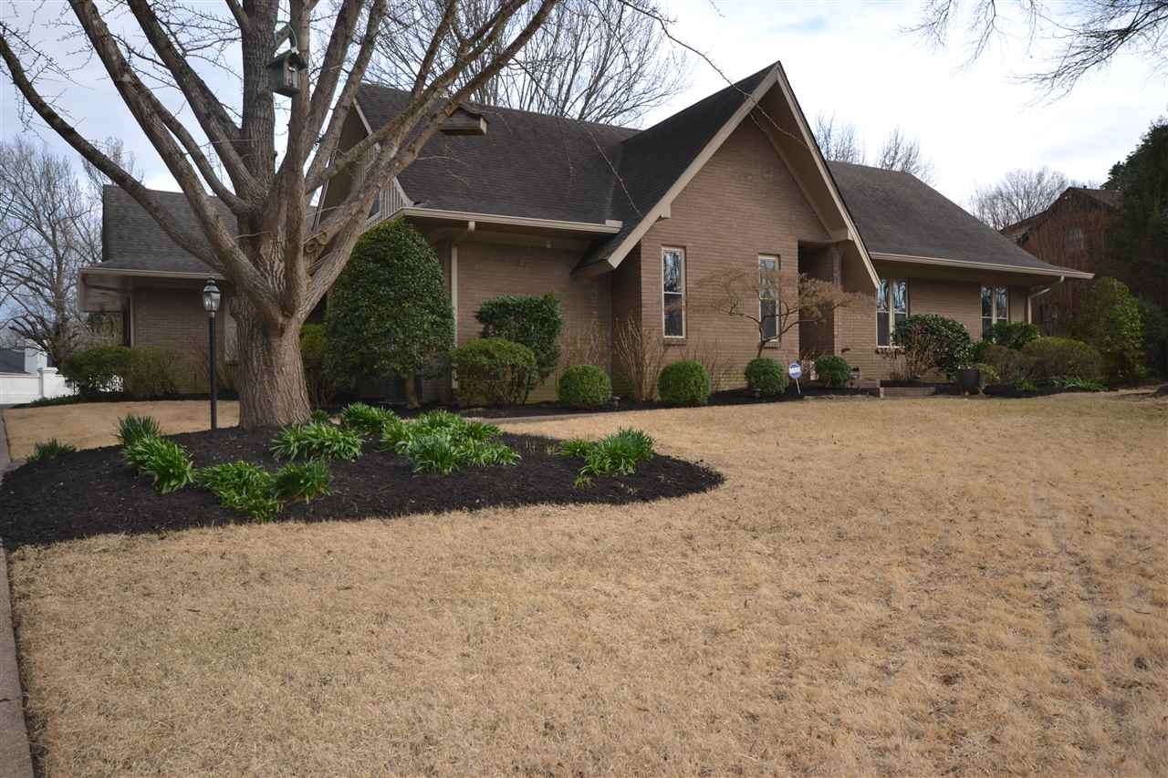 Property for sale at 1610 Brookside Dr, Germantown,  TN 38138