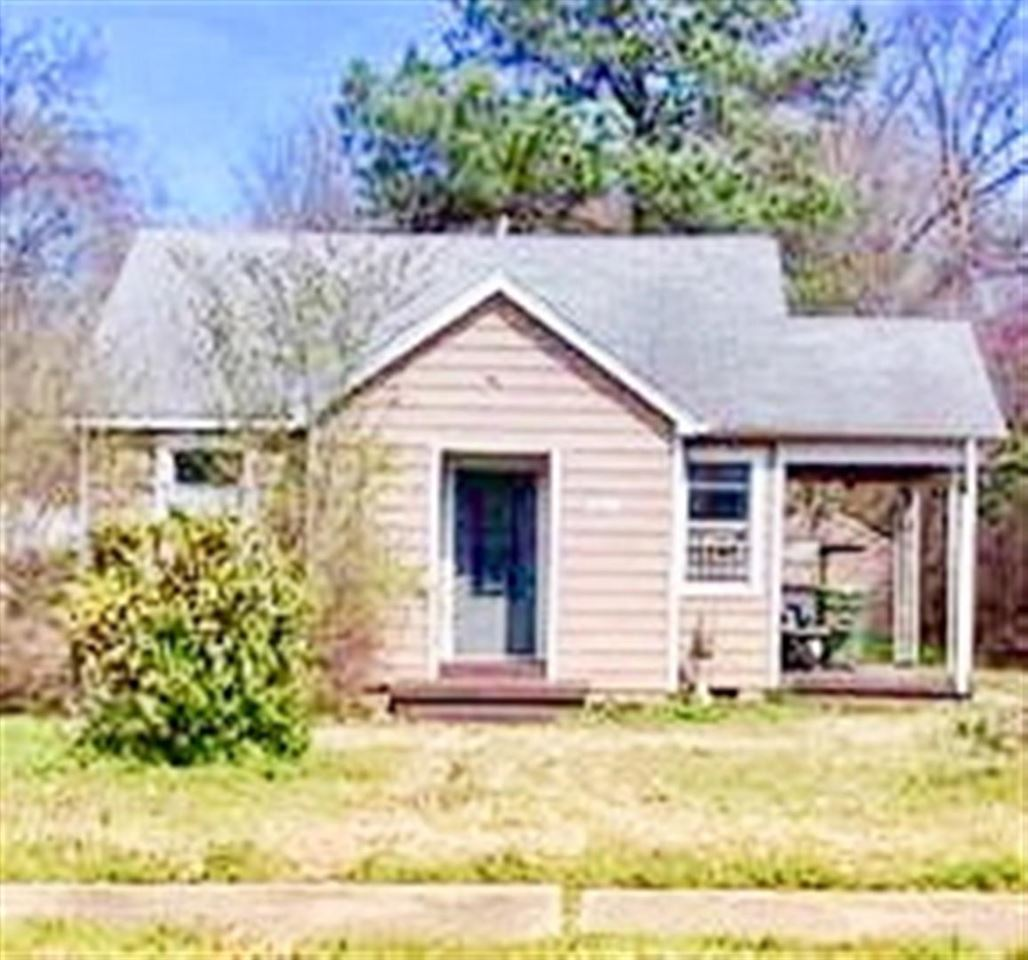 Property for sale at 3828 Faxon Ave, Memphis,  TN 38122