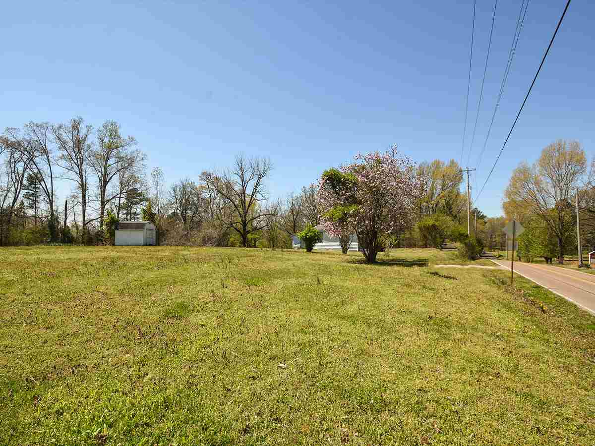 Property for sale at 10715 Raleigh-lagrange Rd, Eads,  Tennessee 38028