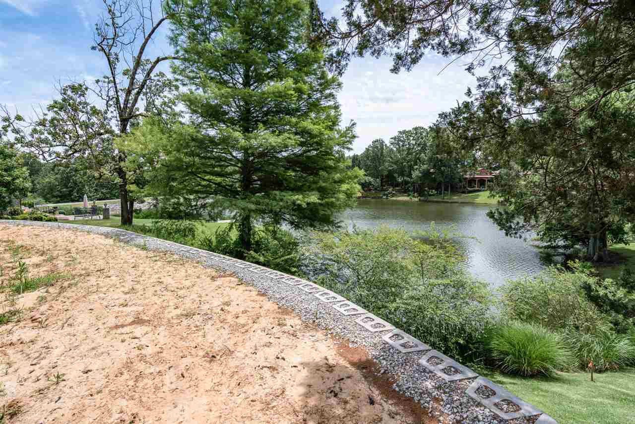 Property for sale at 7841 Radford Ridge Rd, Germantown,  Tennessee 38138