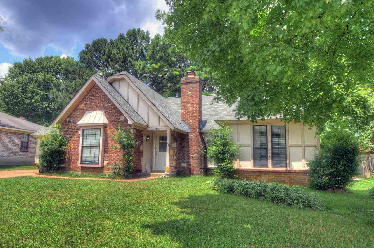 Property for sale at 6828 Rockingham Rd, Memphis,  Tennessee 38141
