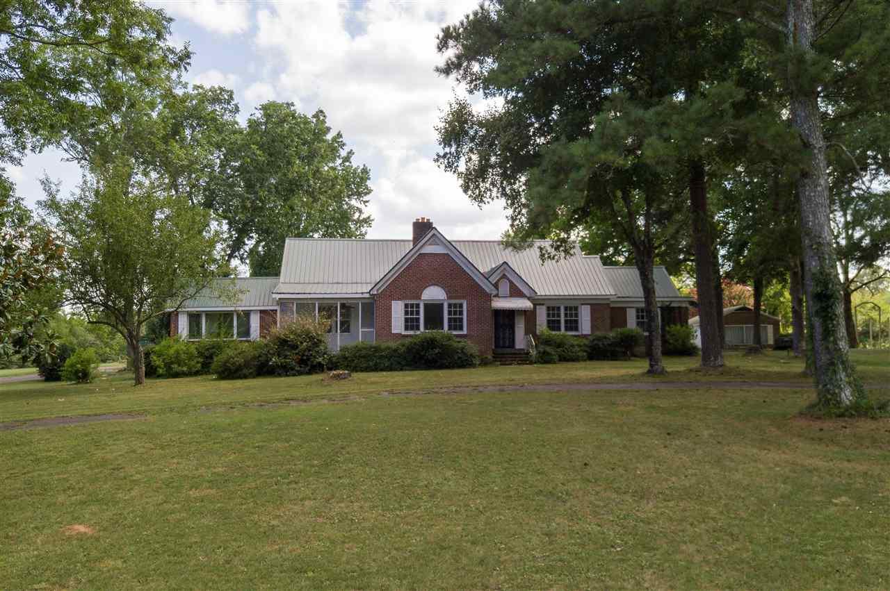 2050 CLIFTON RD, Savannah, TN 38372