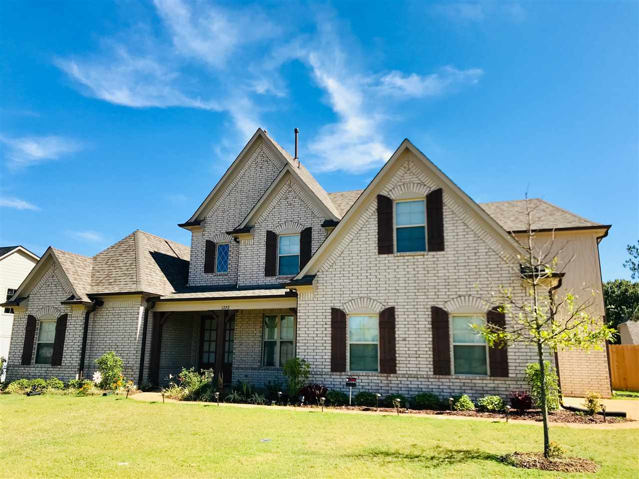 1272 MOUNTAIN SIDE DR, Collierville, TN 38017