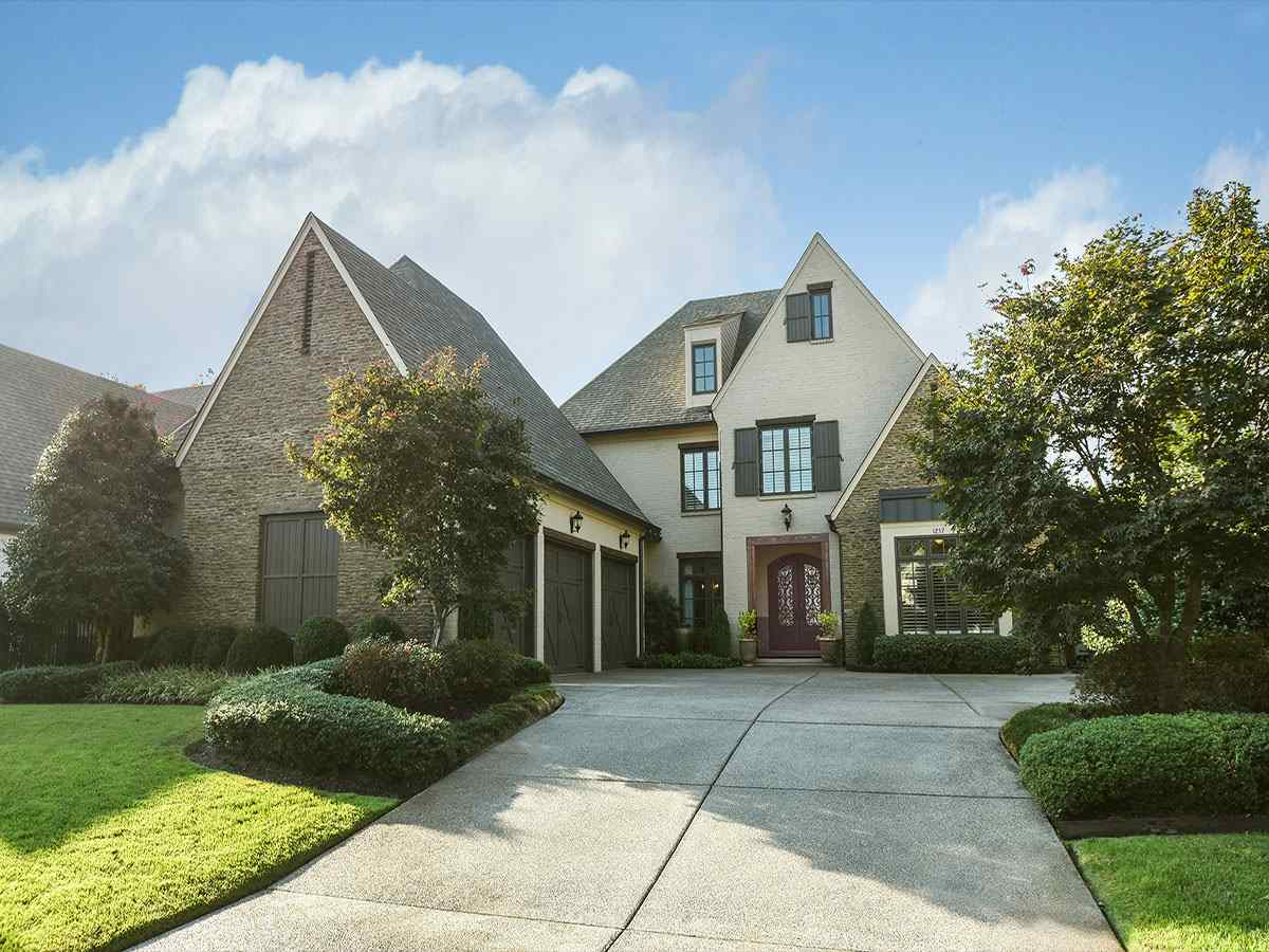 1257 S DUBRAY PL, Collierville, TN 38017