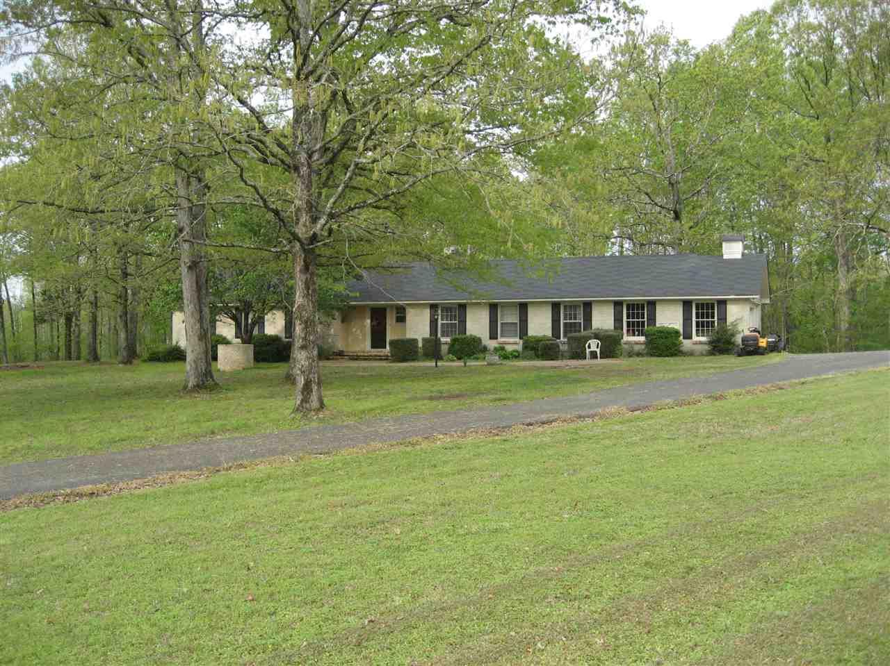 5239 WINDING RIDGE RD, Adamsville, TN 38310