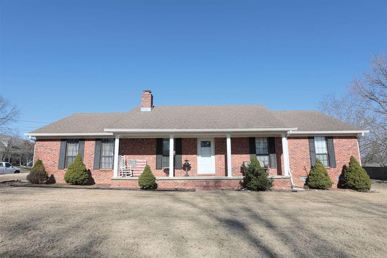 8 NELLIE CV, Jackson, TN 38301