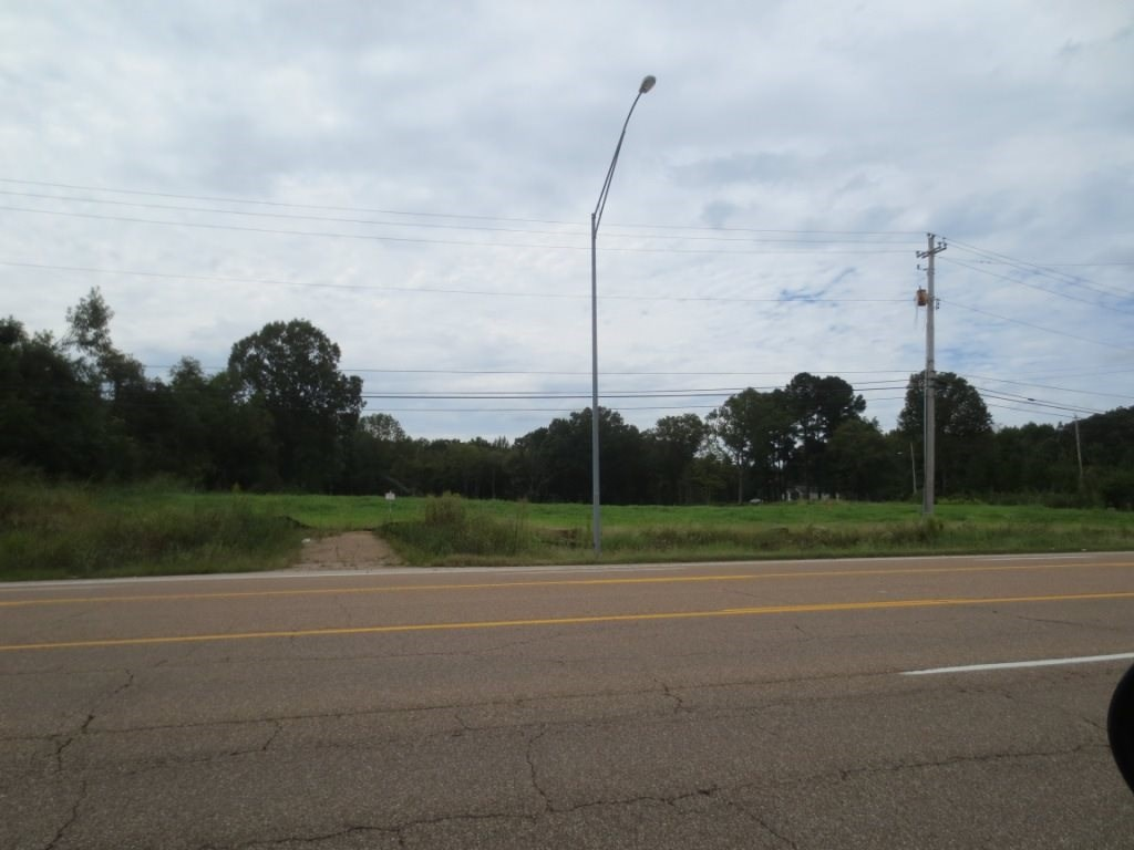 3 parcels combine to be sold at approximately 8.03 acres.  Currently zoned ag land and is no longer in the City of Memphis as it is de-annexed as of 1-1-2020.