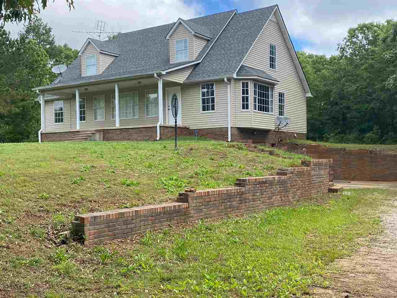 81 WOODVILLE RD, Bethel Springs, TN 38315