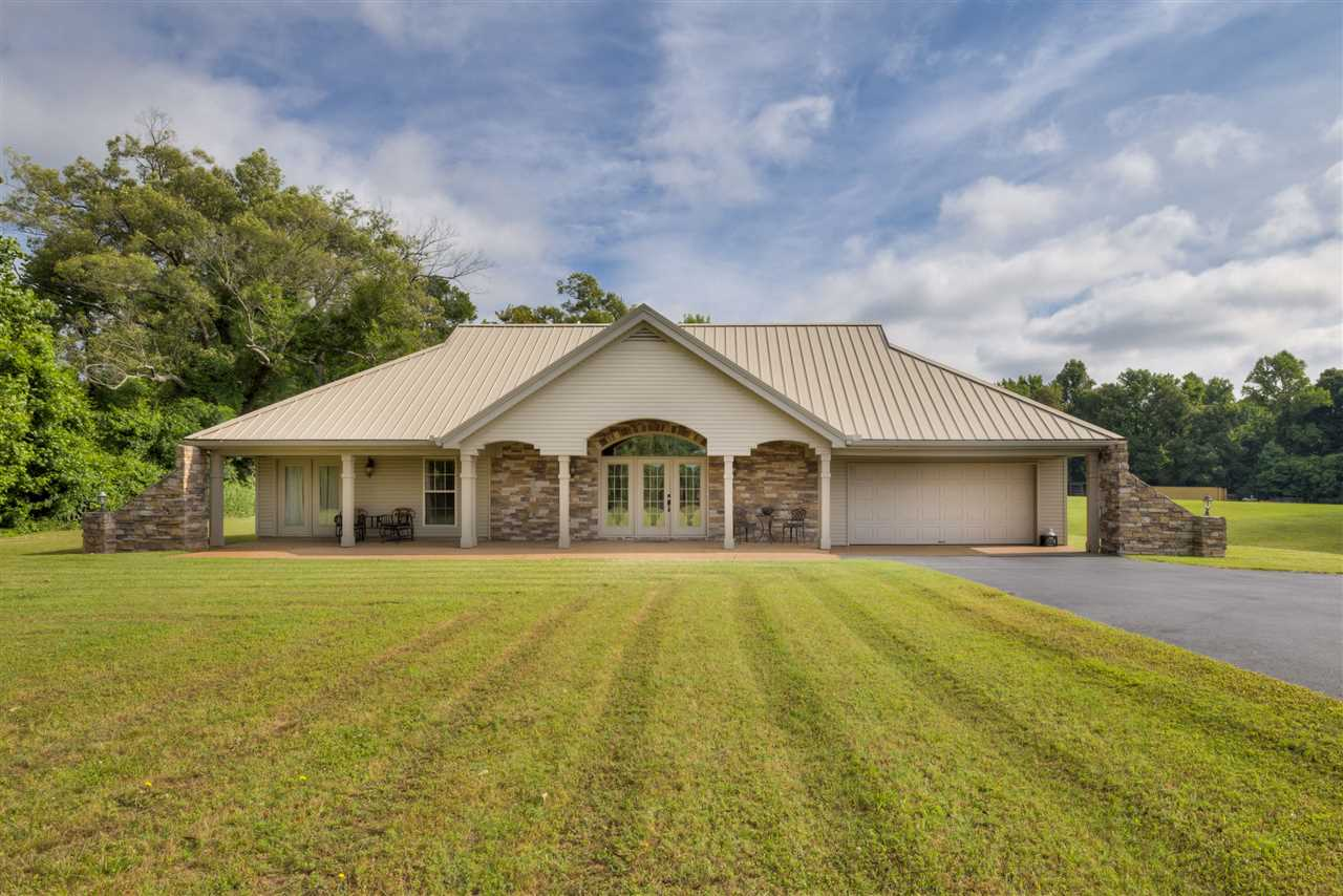 2302 RUSSELL BOND RD, Unincorporated, TN 38053