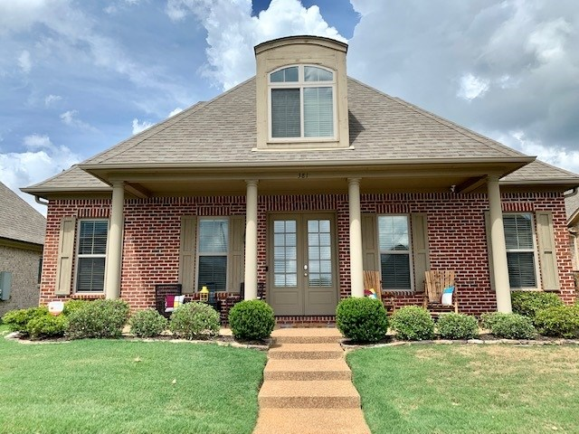 381 DOGWOOD VALLEY DR, Collierville, TN 38017