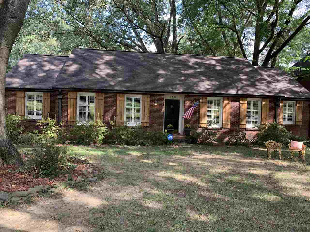 240 AVON RD, Memphis, TN 38117