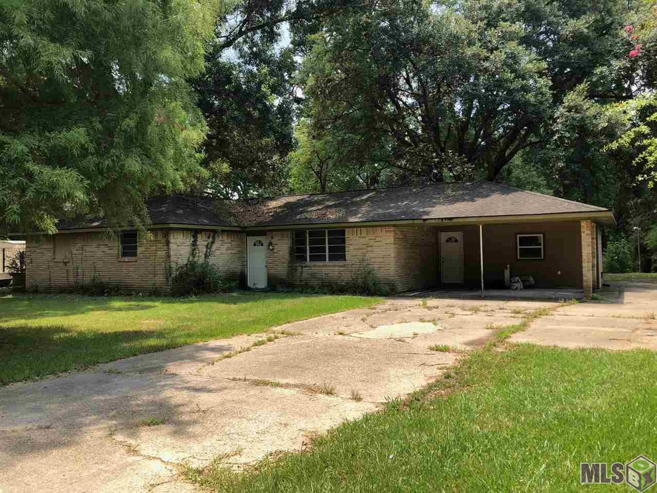 5621 BLUEFIELD DR, Greenwell Springs, LA 70739
