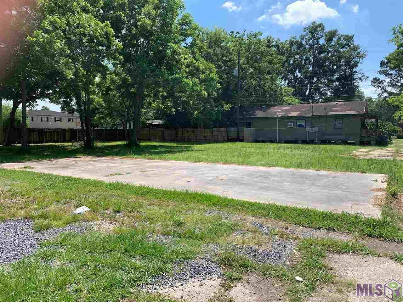 3028 NICHOLSON DR, Baton Rouge, LA 70802