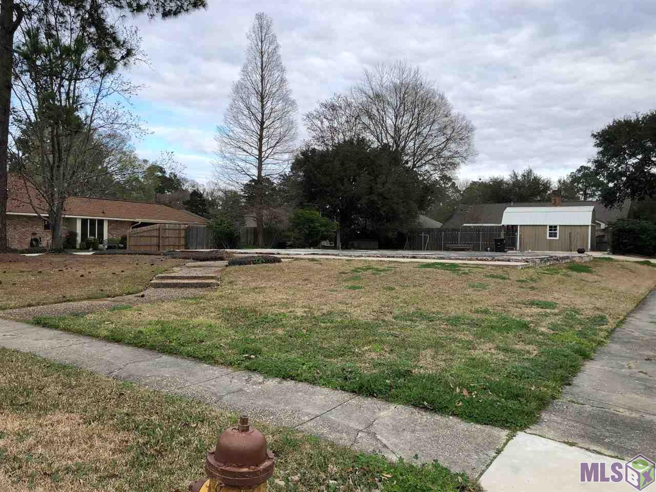 14071 WOODLAND RIDGE AVE, Baton Rouge, LA 70816