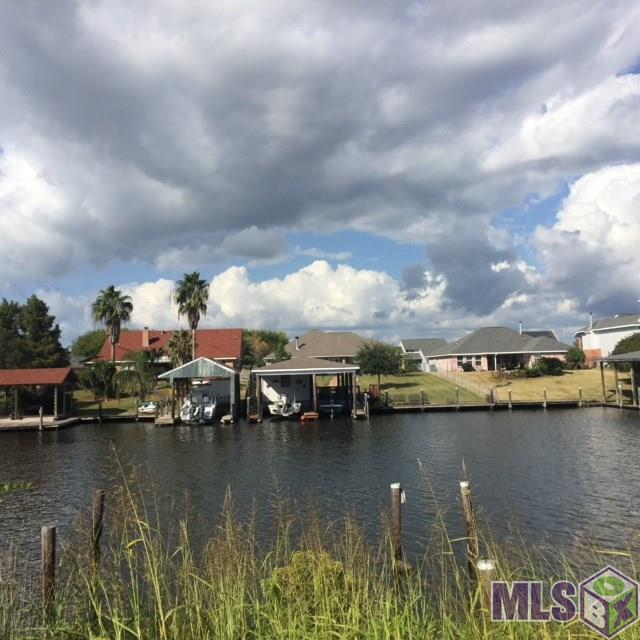 154, 156, 158 LAKEVIEW DR, Slidell, LA 70458