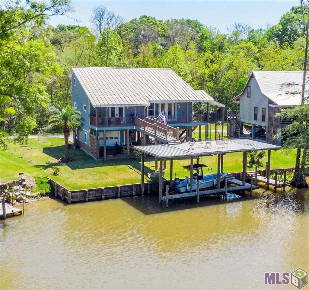17755 COVE LN, Denham Springs, LA 70726