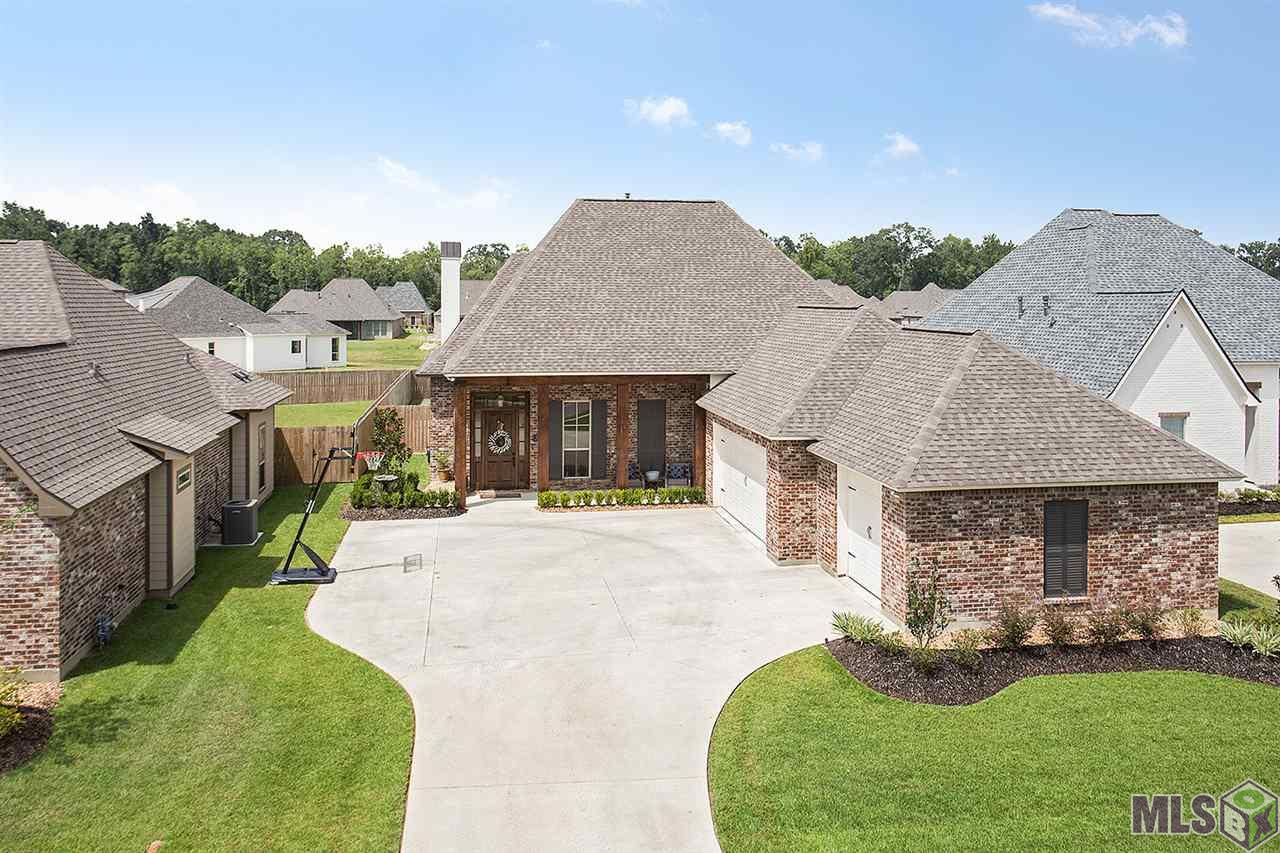 37386 WHISPERING HOLLOW AVE, Prairieville, LA 70769