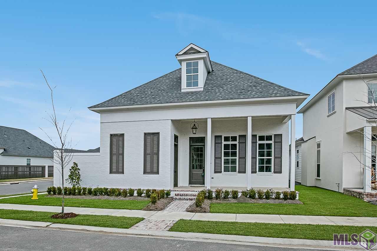 1641 SUGAR CANE LN, Baton Rouge, LA 70810
