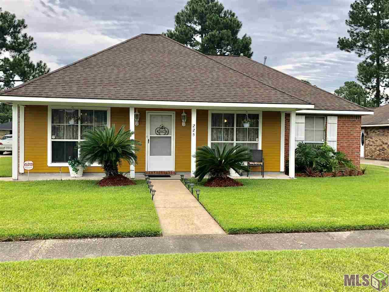 225 HILLCREST, Baton Rouge, LA 70807